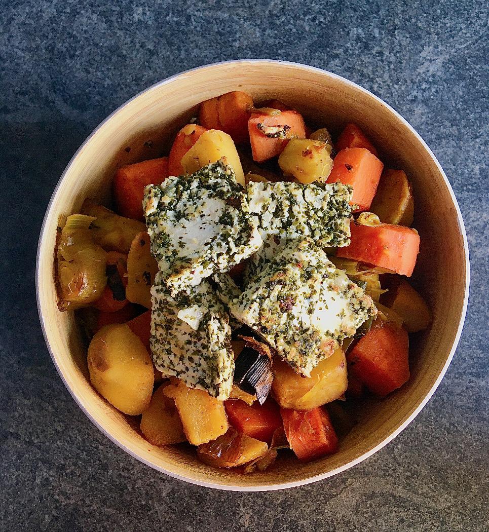 Légumes rôtis et tofu ail des ours