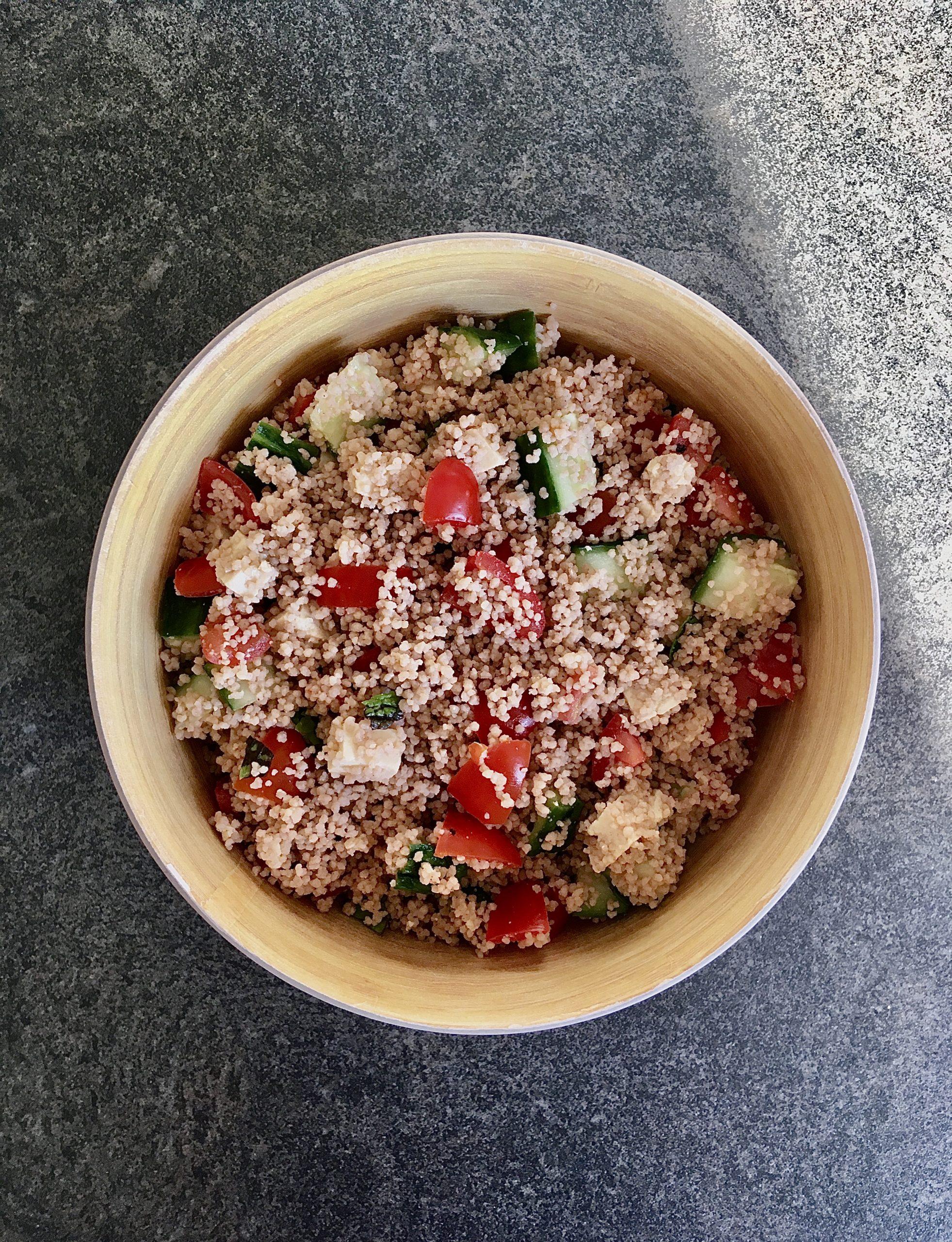 Taboulé de légumes et tofu fumé