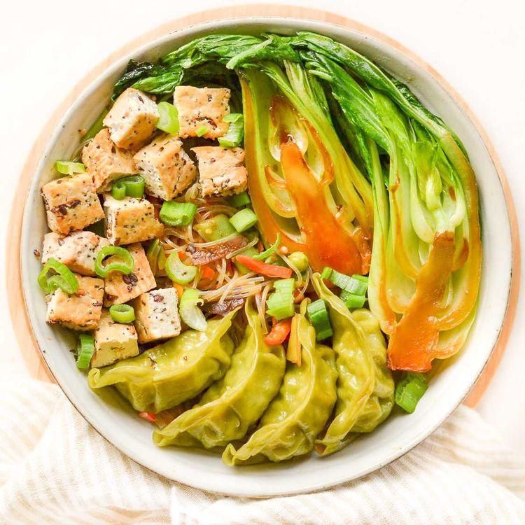 Bol de légumes et tofu